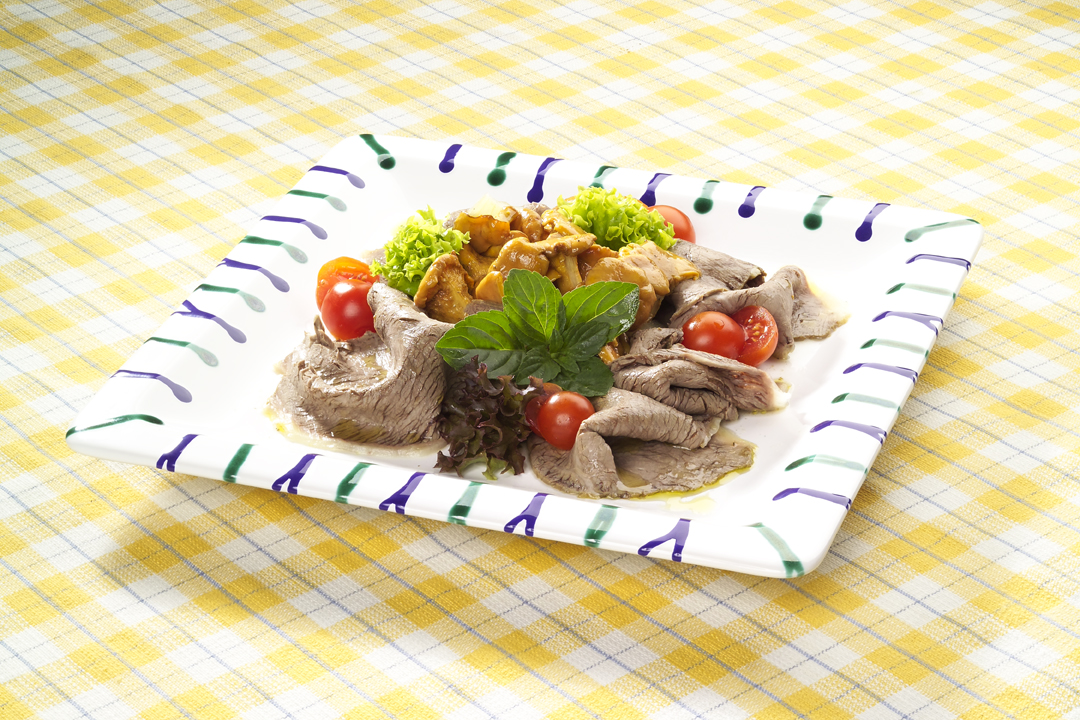 Rindfleisch Salat mit Eierschwammerl